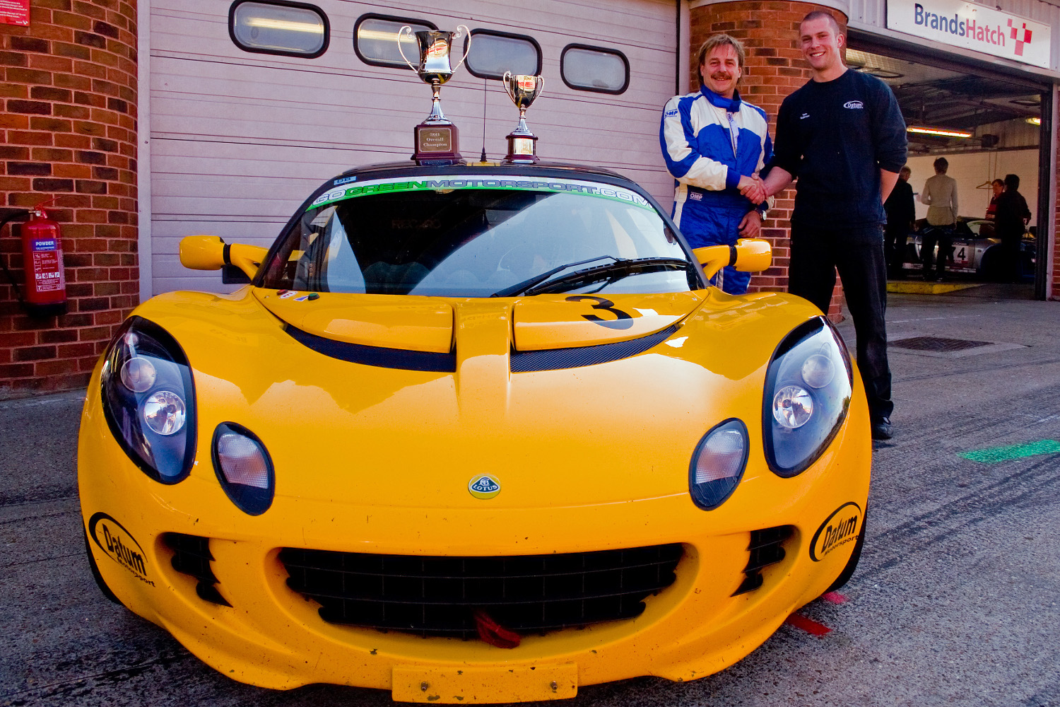MSVR News - Quick speeds to Lotus Cup UK title in dramatic fashion